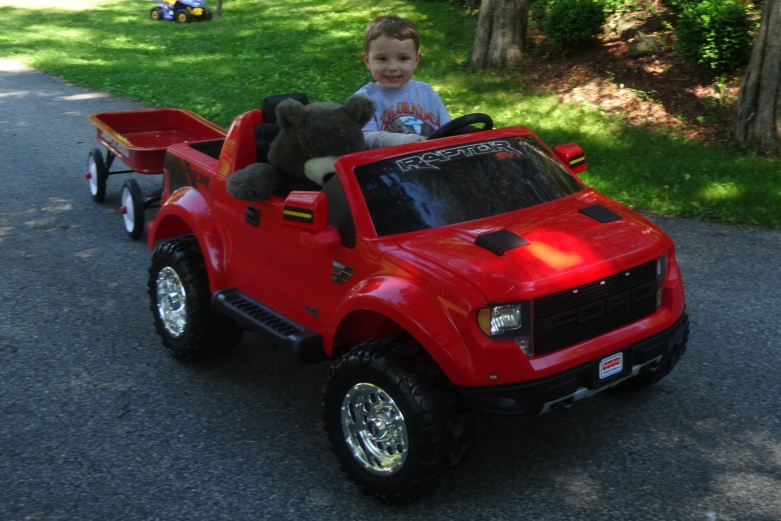 fisher price power wheels red ford f150 raptor 12 volt battery powered ride on. Black Bedroom Furniture Sets. Home Design Ideas